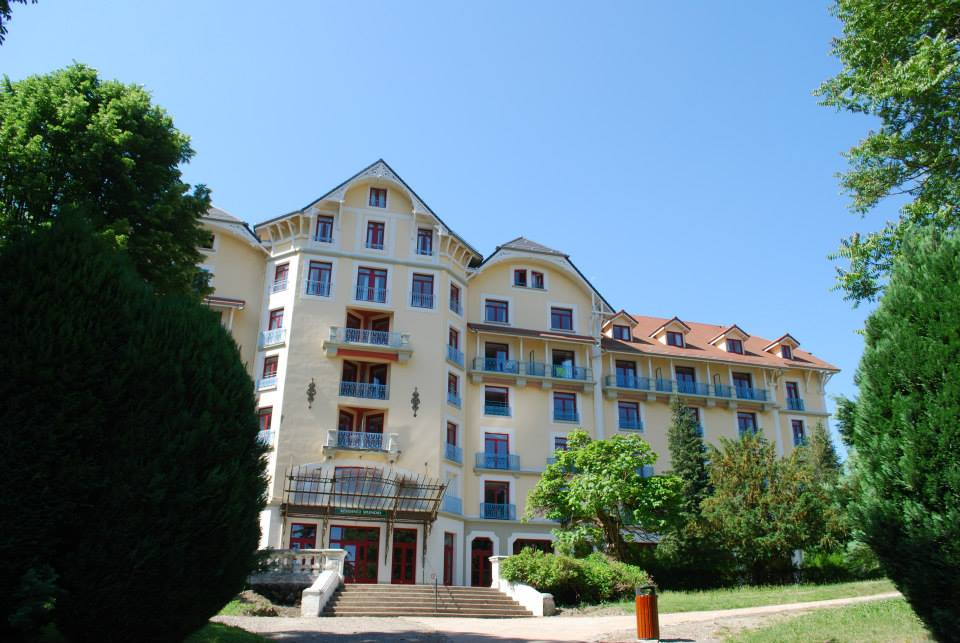 Location vacances paques 2018 proche chambery et grenoble for Appart hotel 95 pas cher