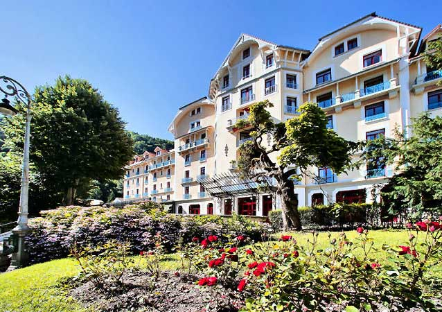 Appart hotel le splendid location vacances en is re for Apparthotel chambery